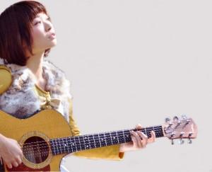 miina_アー写jpg